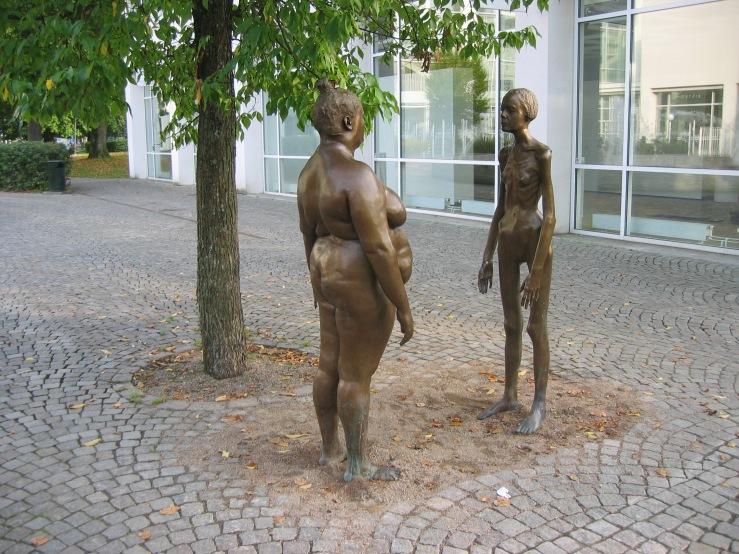 LA2-vx06-konsthallen-skulptur