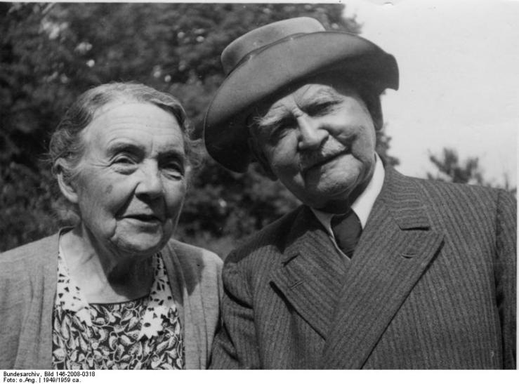 Henny Nonne (geb. Heye), Max Nonne