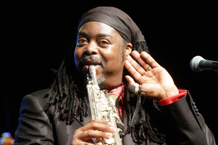 Courtney_Pine_by_Augustas_Didzgalvis.jpg